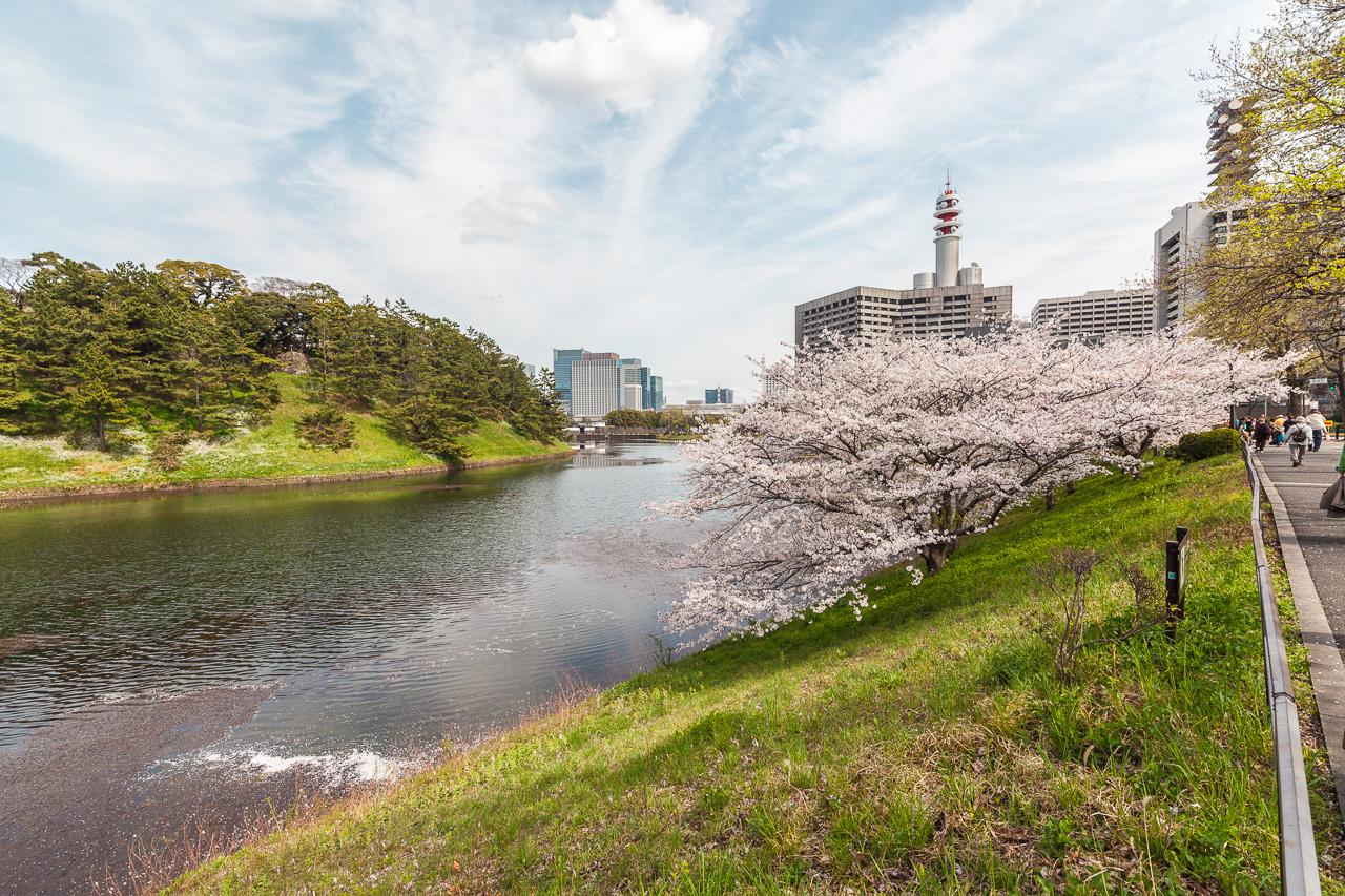 Japan-in-Berlin-Zartrosa-Lichtblau-16-Kaiserpalast-IMG_3601