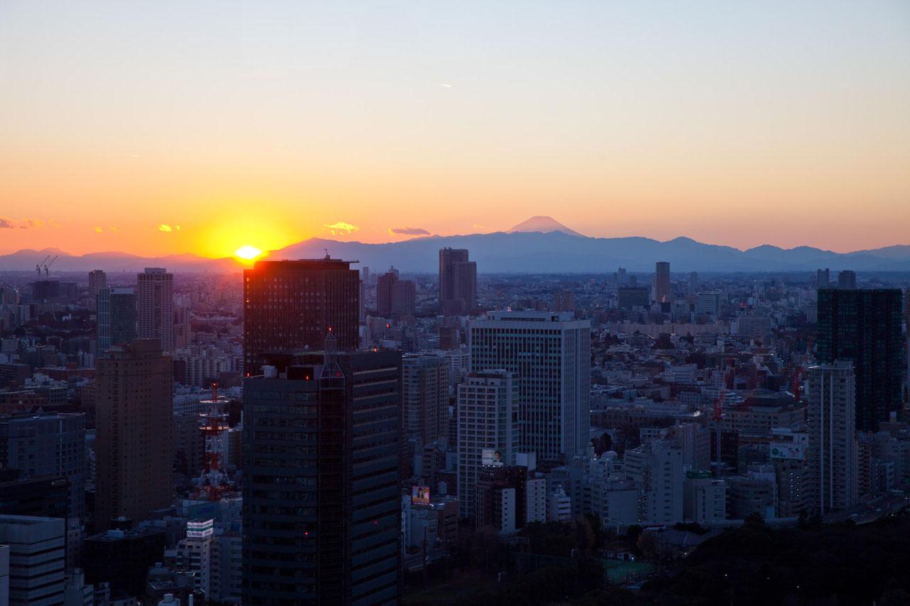 Japan-in-Berlin-Neujahrsbraeuche-in-Japan-Sonnenaufgang-kleiner